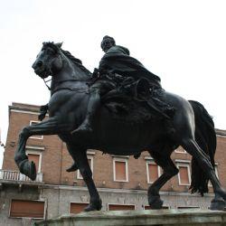 Farnese a cavallo - scultura del Mochi - Piacen