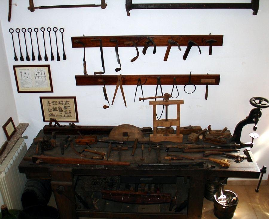 attrezzi del bottaio Museo La Tosa