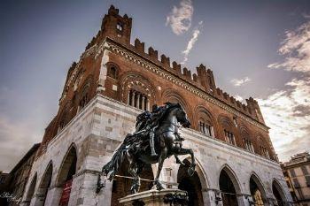 Piacenza da vedere: Piazza Cavalli